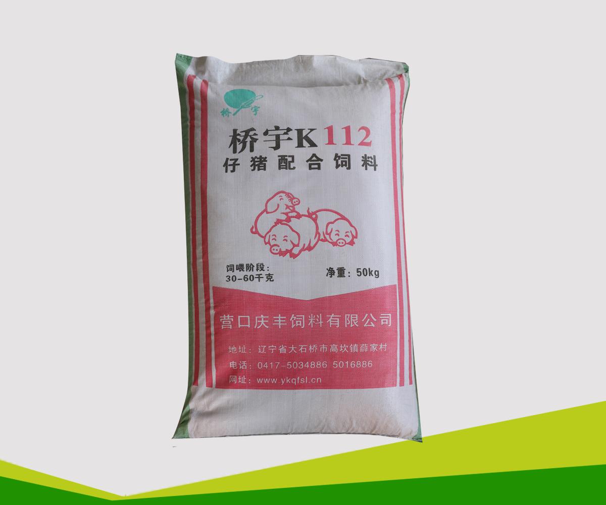 title='K112仔猪配合饲料'